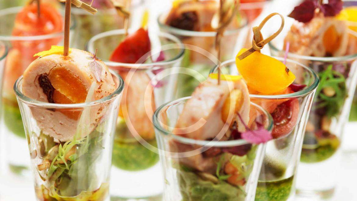 Exquisite Appetizers & French Style Dessert